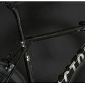 O2 VAM Gloss Carbon / Chrome